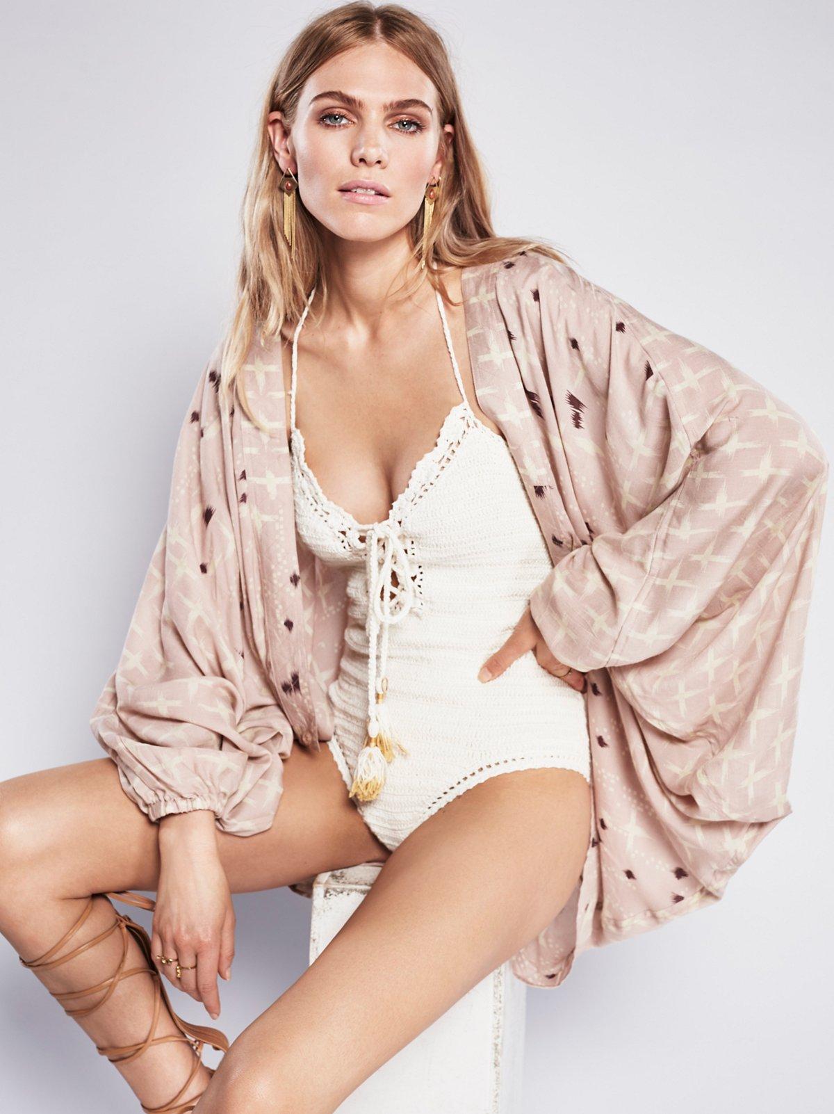 Gemini Drippy Kimono