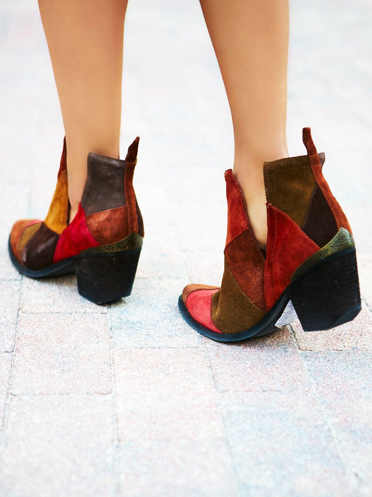 Hunt the Plains拼贴靴子