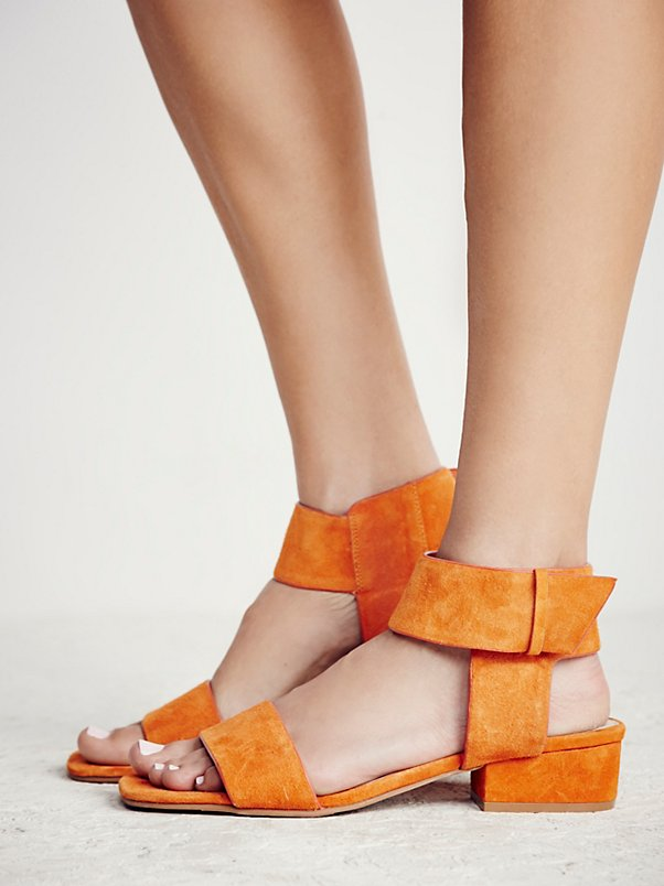 Resort Block Heel Sandal