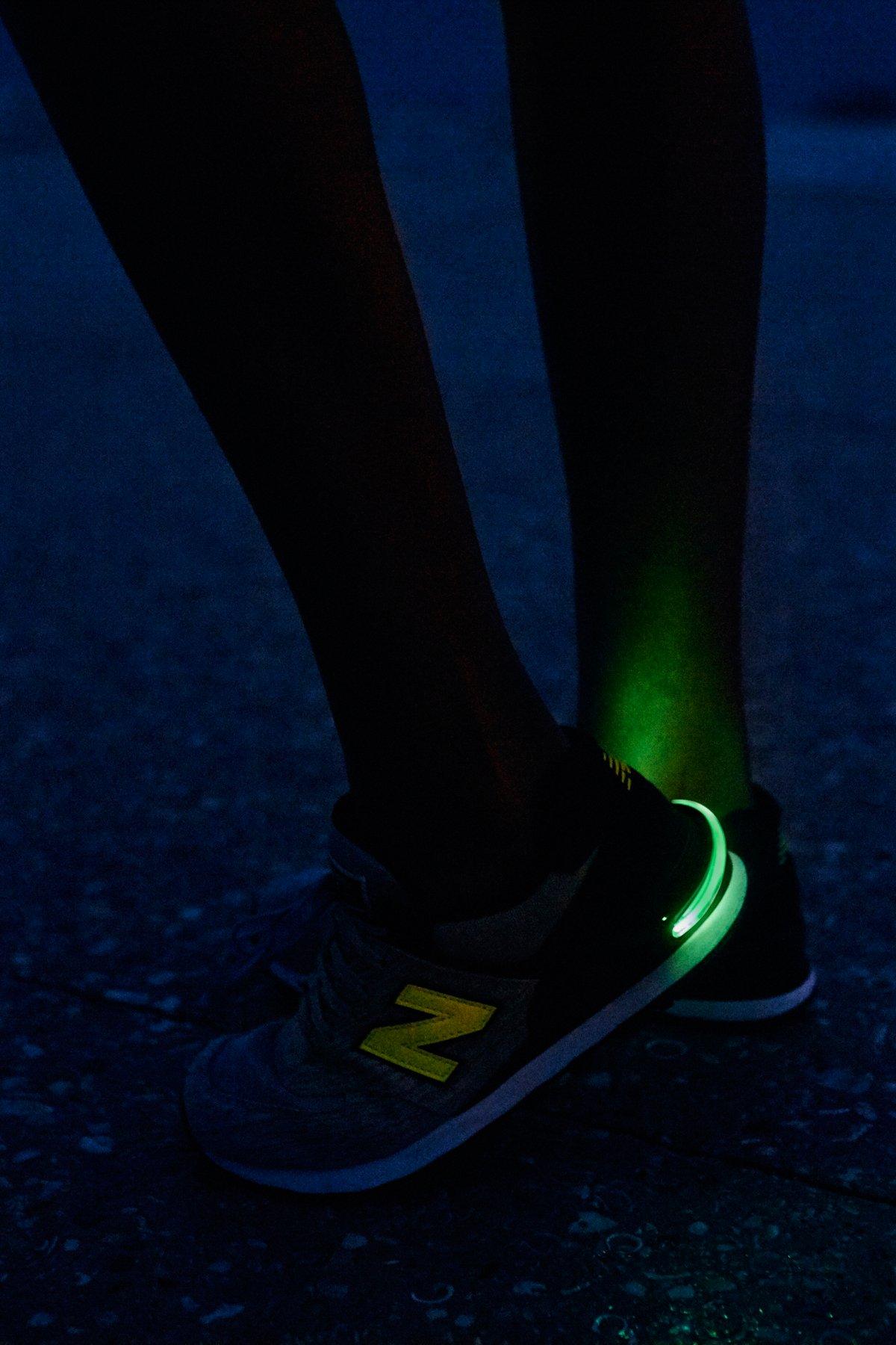 LED跑鞋夹灯