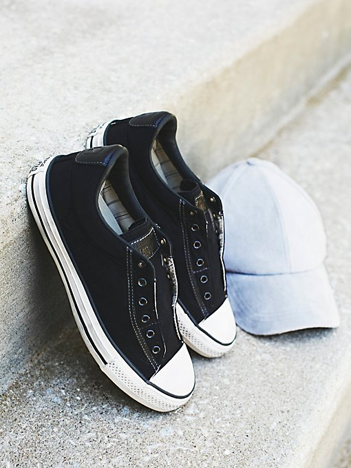 Product Image: JV漆色尼龙低帮运动鞋