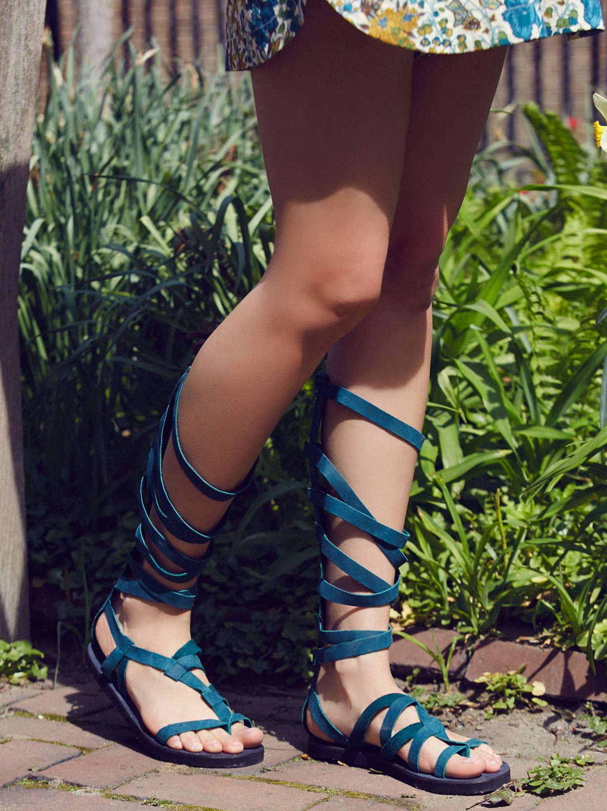 Cynder罗马凉鞋