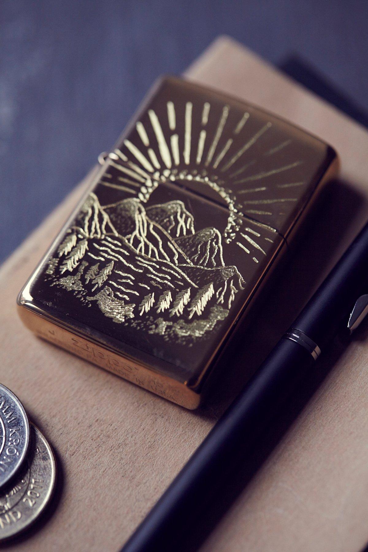Engraved Lighter Case