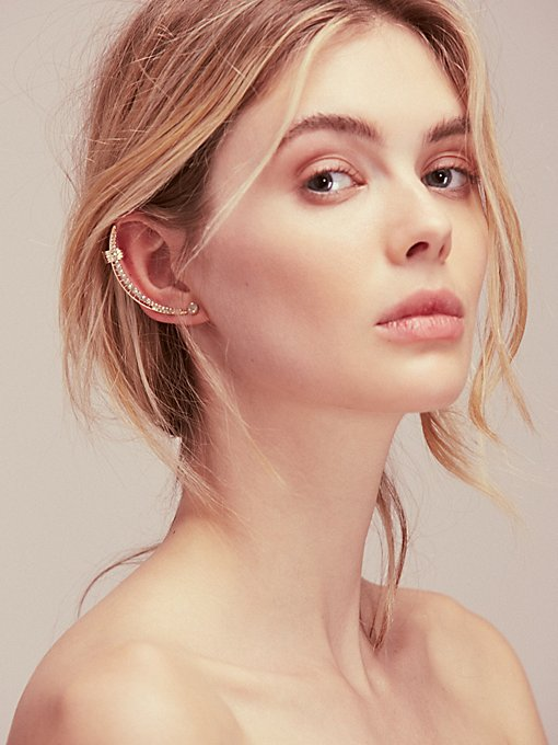 Product Image: Shoot for the Moon Ear Cuff