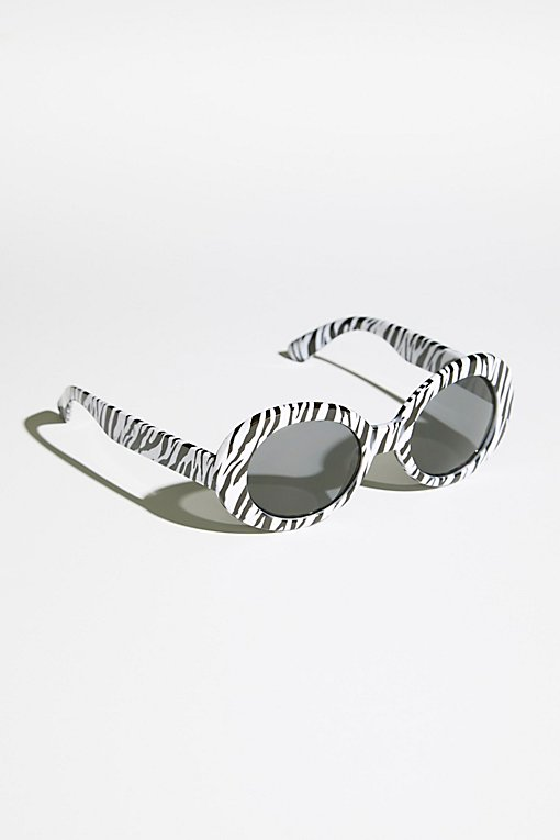 Product Image: Nirvana Oval Sunnies