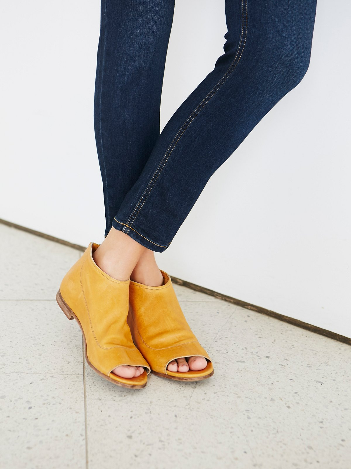 Shoreline Boot Sandal