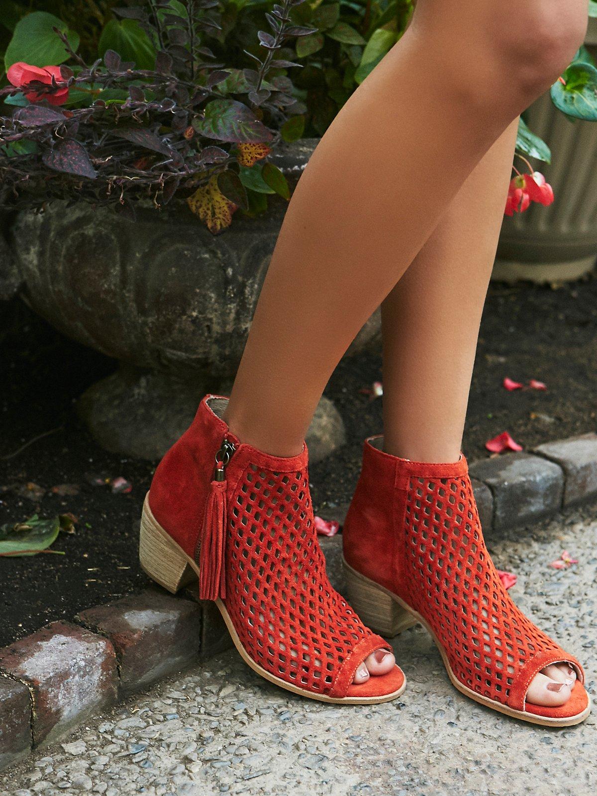 Mirage Heel Boot