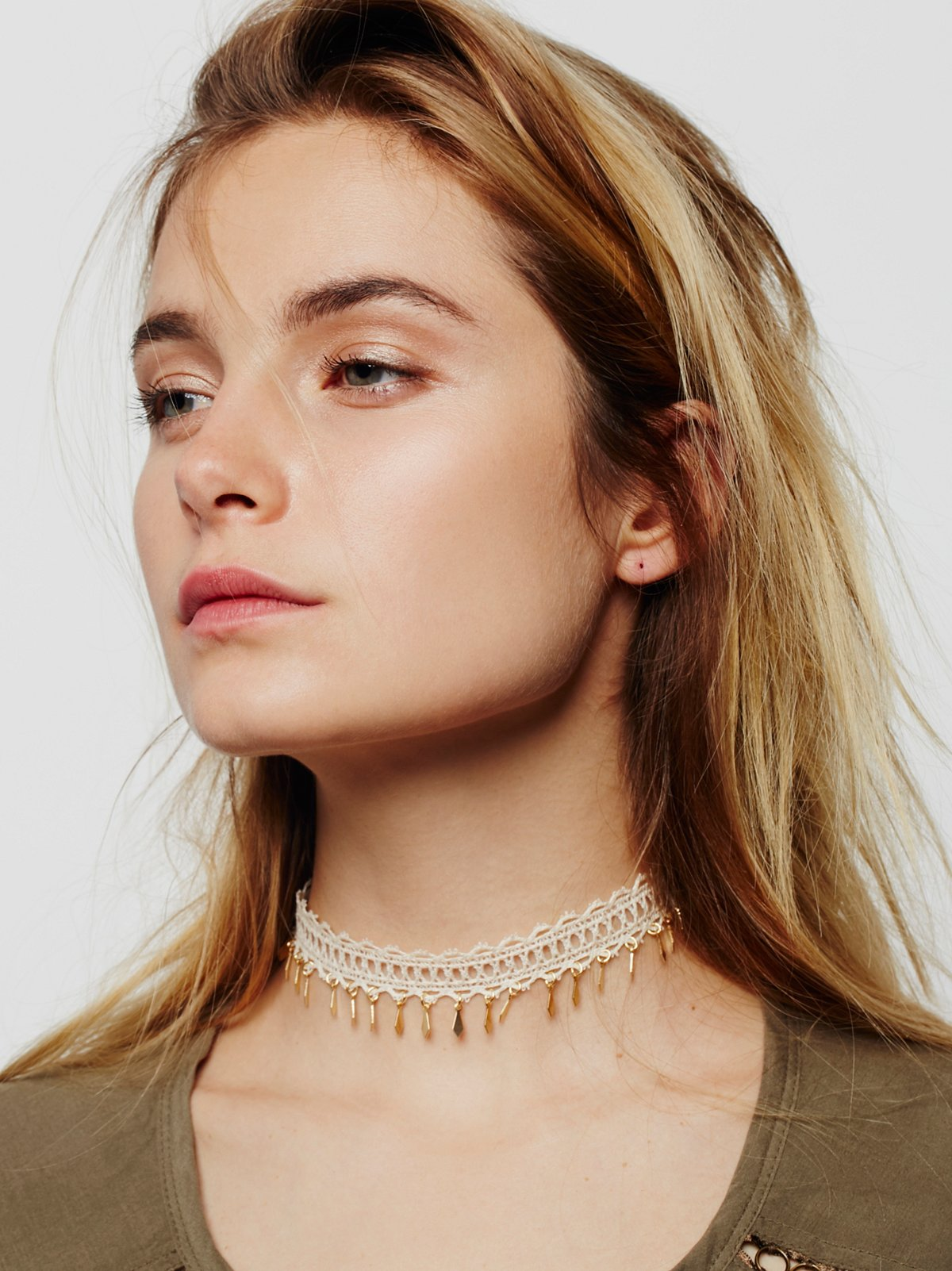 Dixie Lace Coin Choker