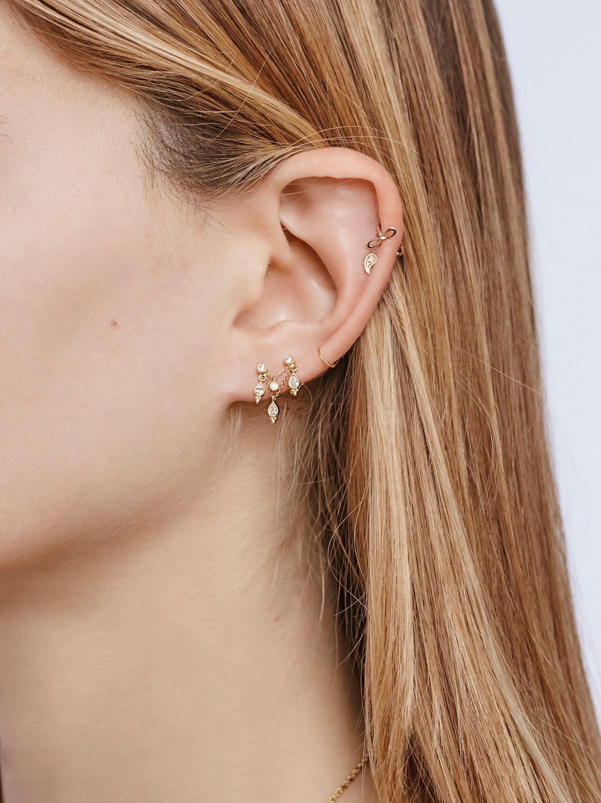 吊灯型钻石耳饰