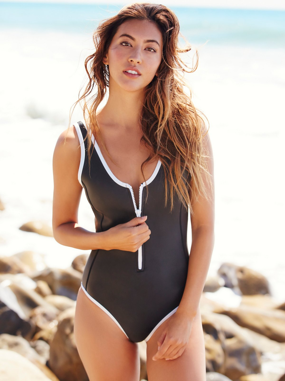 Sicily圆领连体泳衣