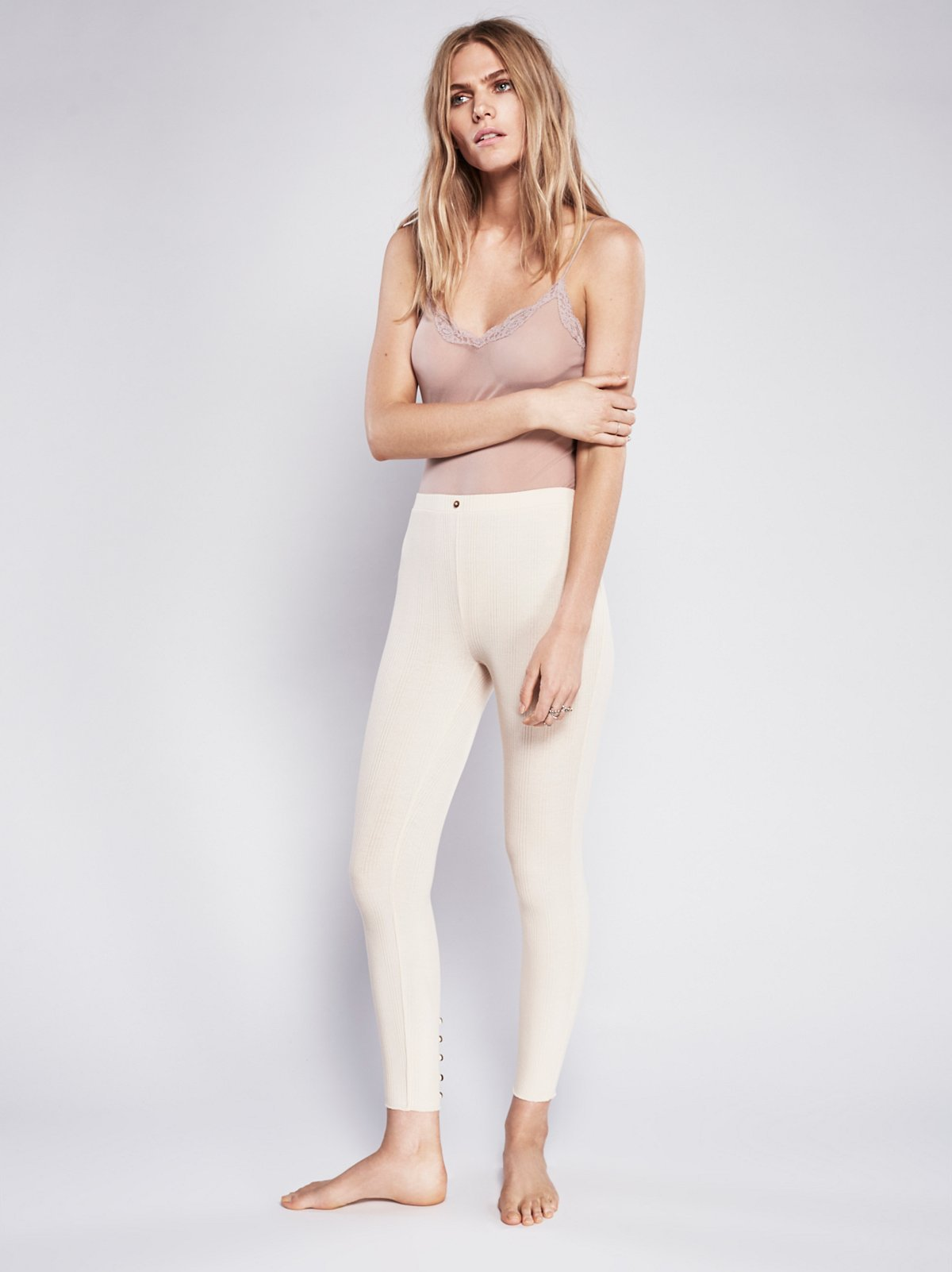 Button Back Cropped Legging