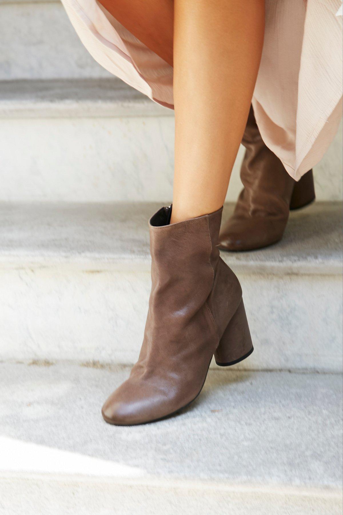 Lotus踝靴