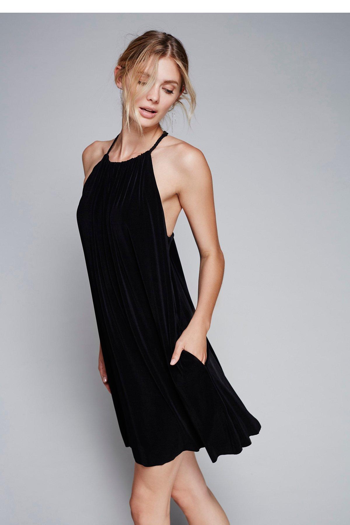The Chic Mini Dress