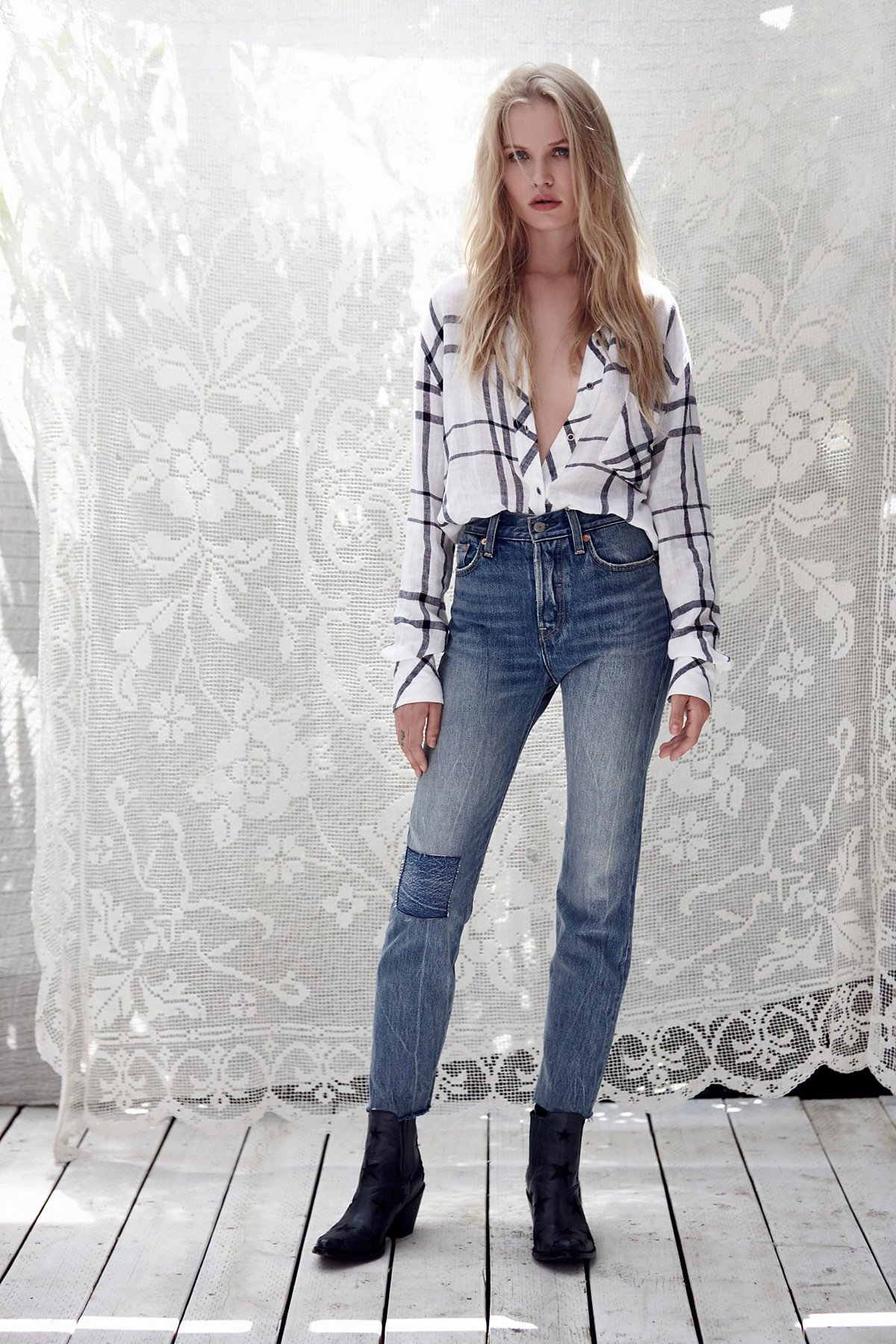 Levi's Wedgie Icon Patched Jeans