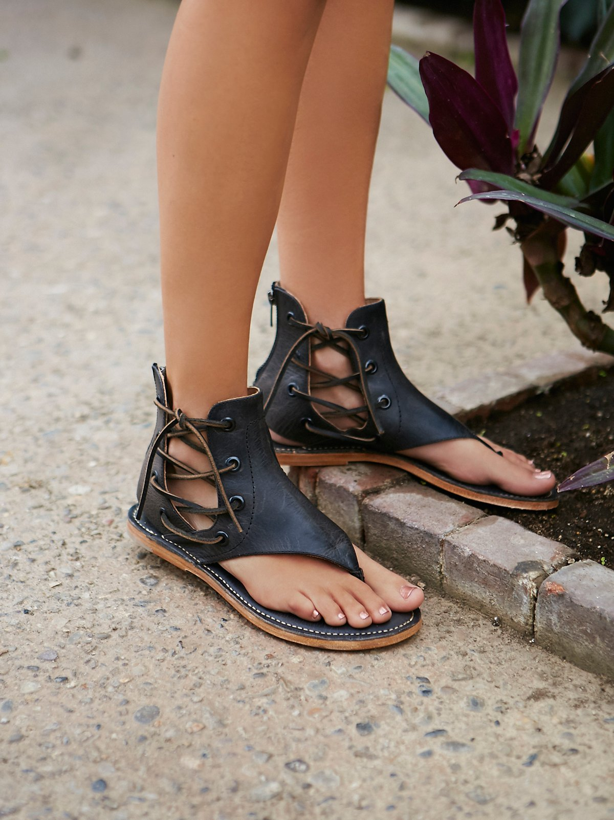 Baske凉鞋