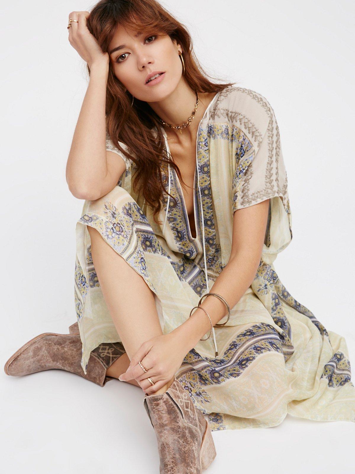 New Romantics Gardenia Fog Dress