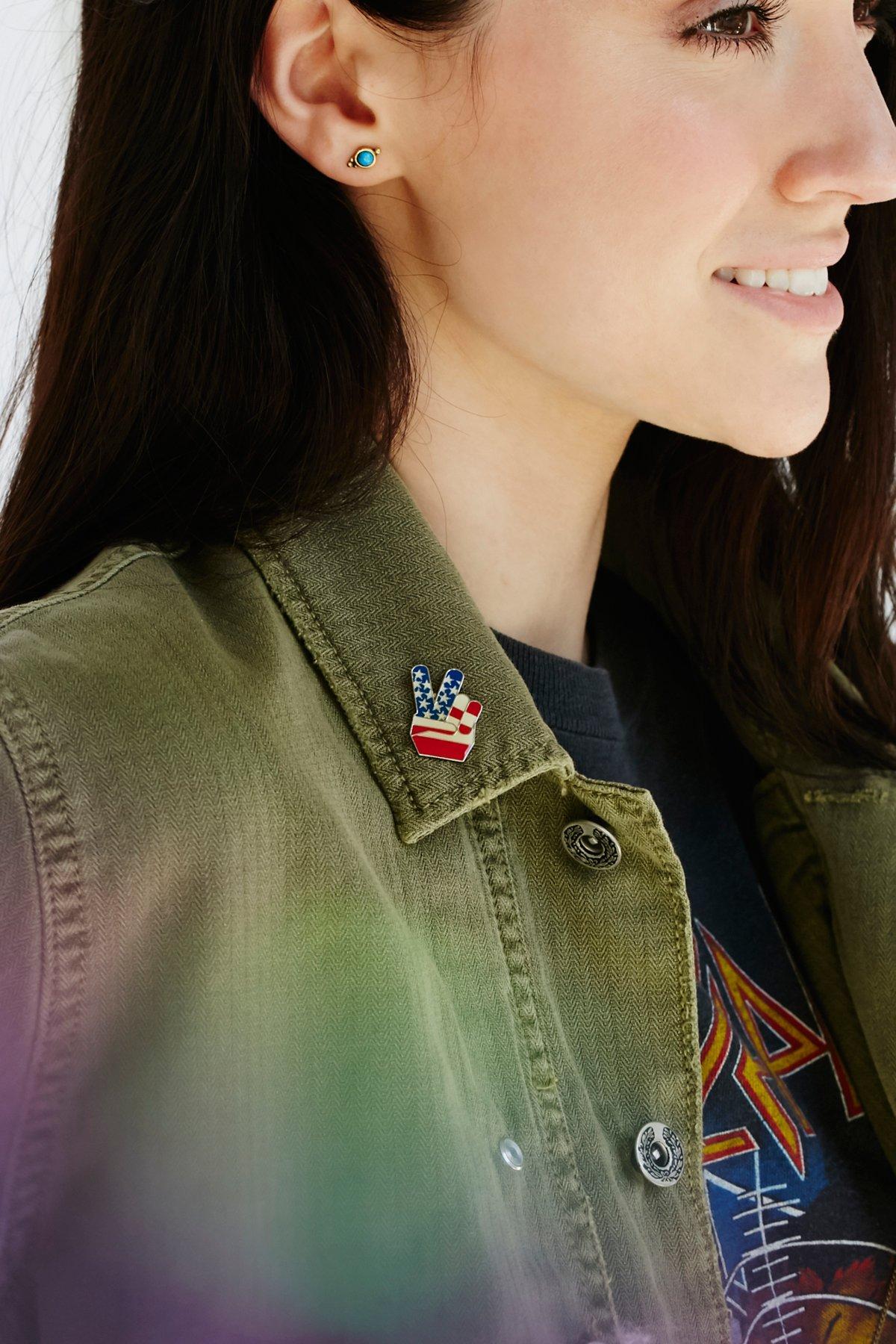 Retro Americana Single Pins