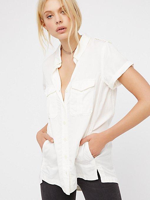 Product Image: Lou Lou军装风系扣上衣