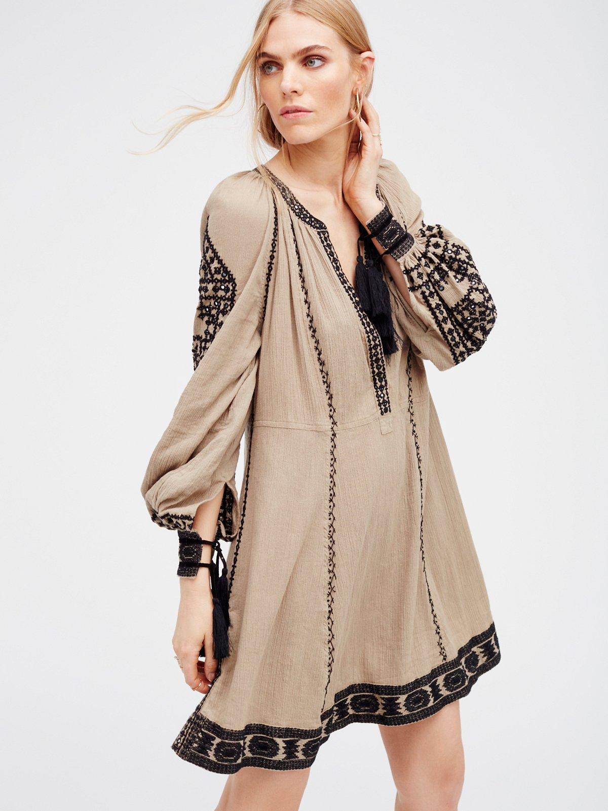 new romantics new romantics magnolia dress at free people clothing boutique. Black Bedroom Furniture Sets. Home Design Ideas
