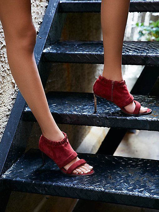Product Image: Satellite高跟鞋