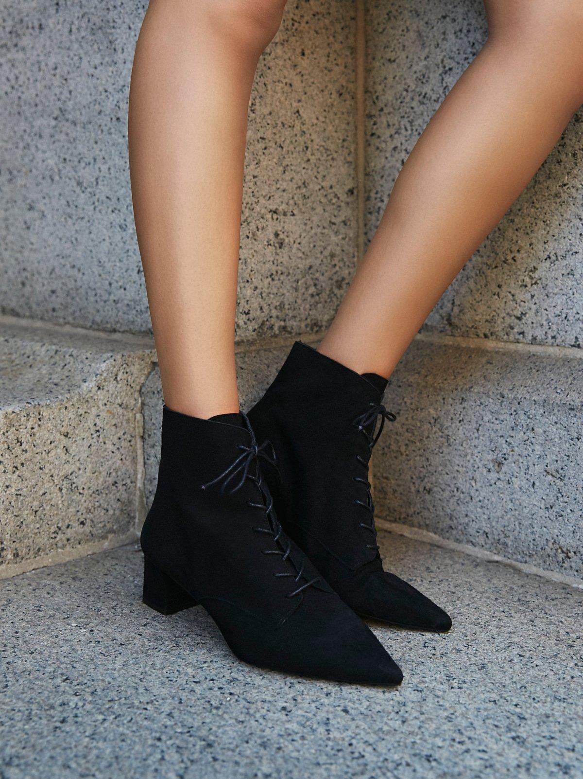 Dacile系带靴