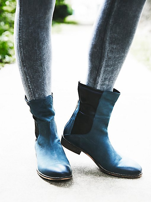 Product Image: Lost Pyramid Chelsea Boot