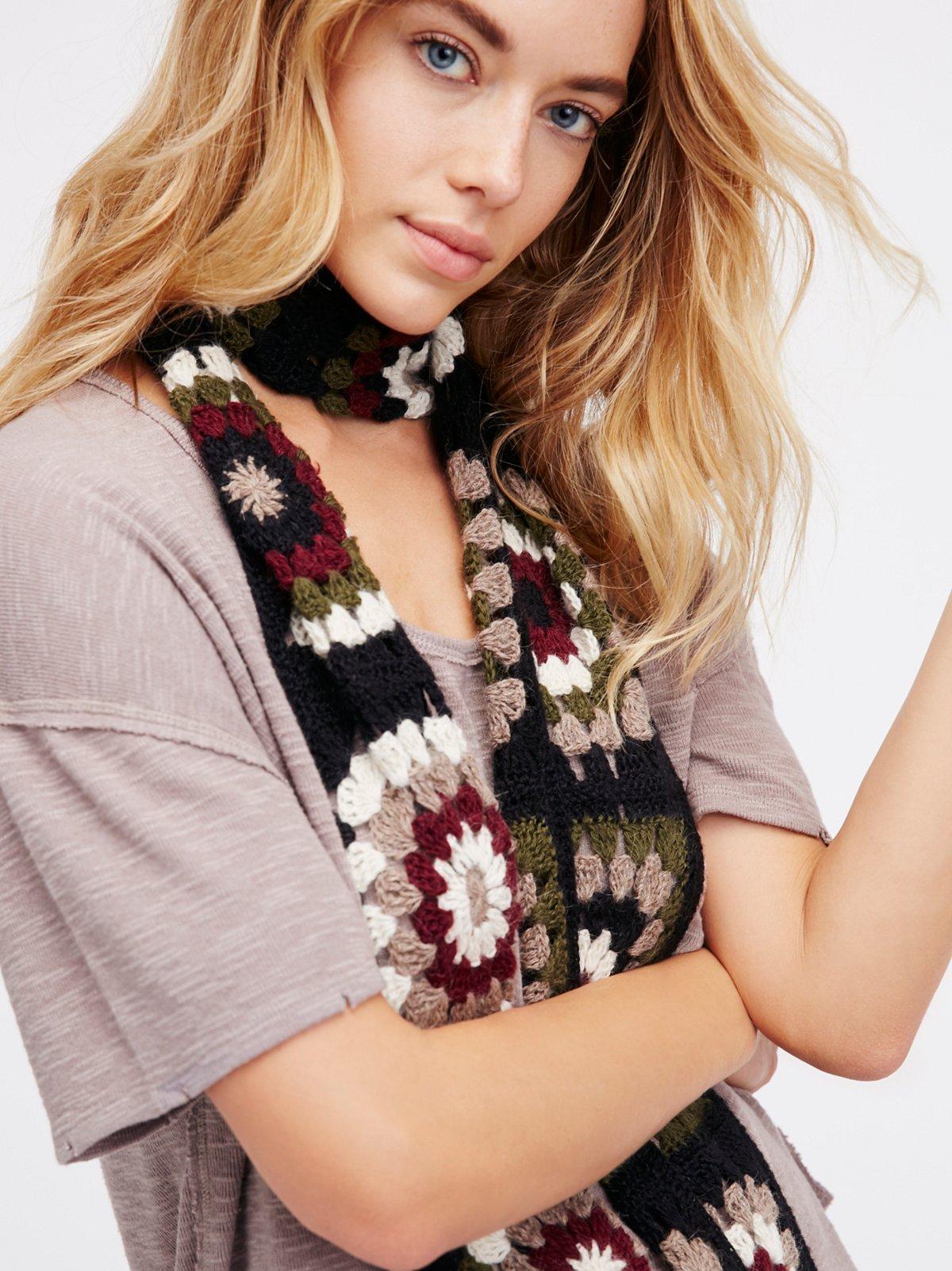 Mi Amor Crochet Skinny Scarf
