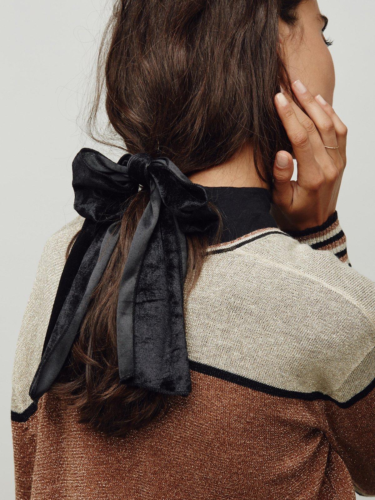 Drippy Velvet Bow