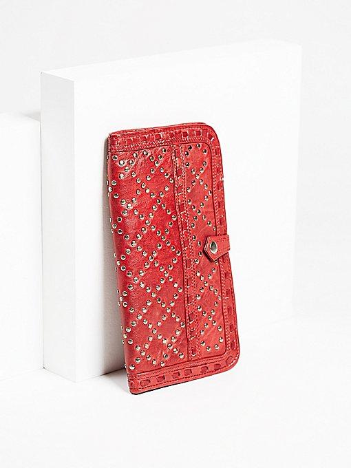 Product Image: Soto饰钉旅行钱包
