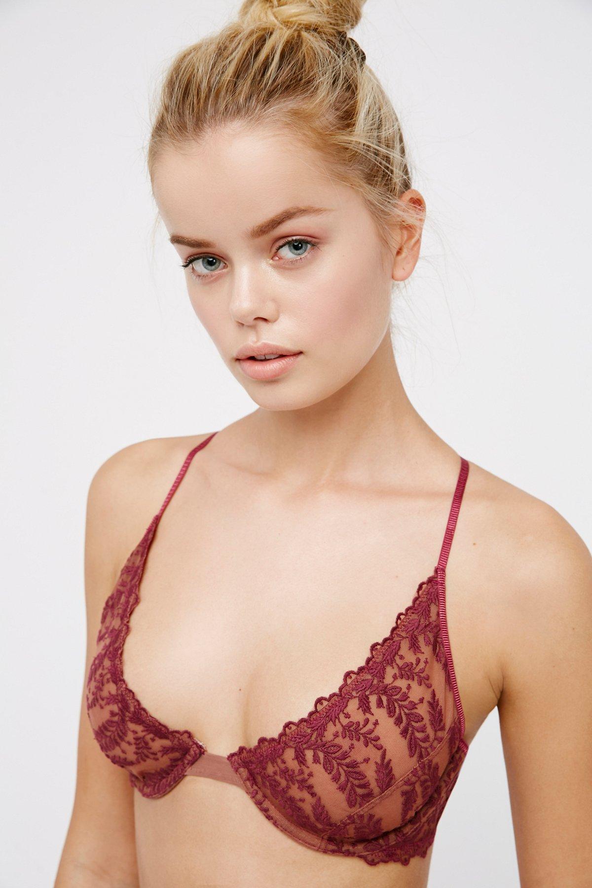 Crimson Clover钢托文胸