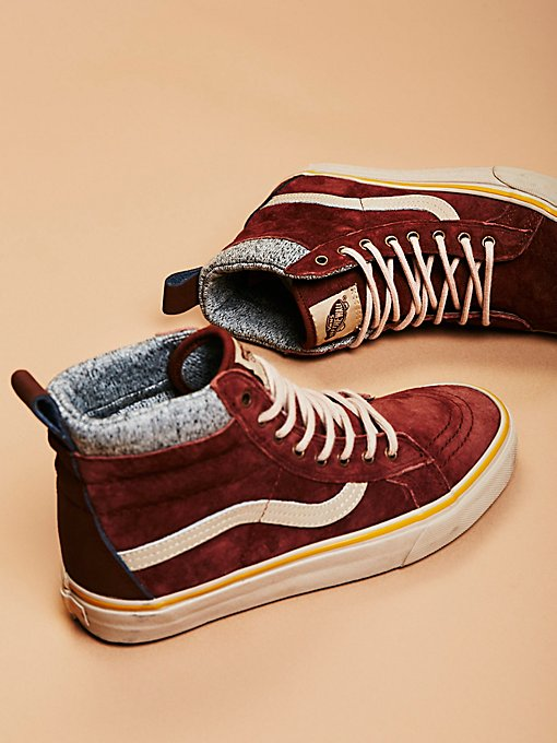 Product Image: Sk8-Hi MTE DX High Top Sneaker