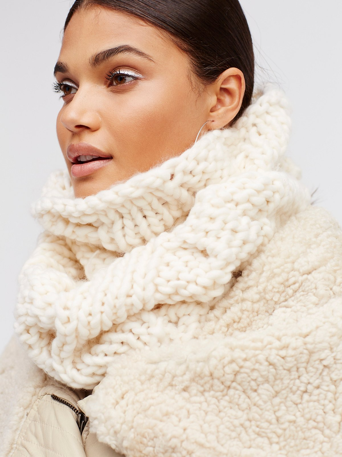 Cozy Cable Knit Snood