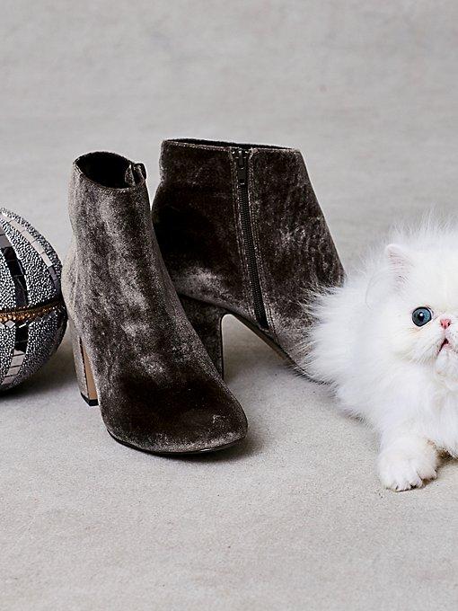Product Image: 仿皮Elsa踝靴