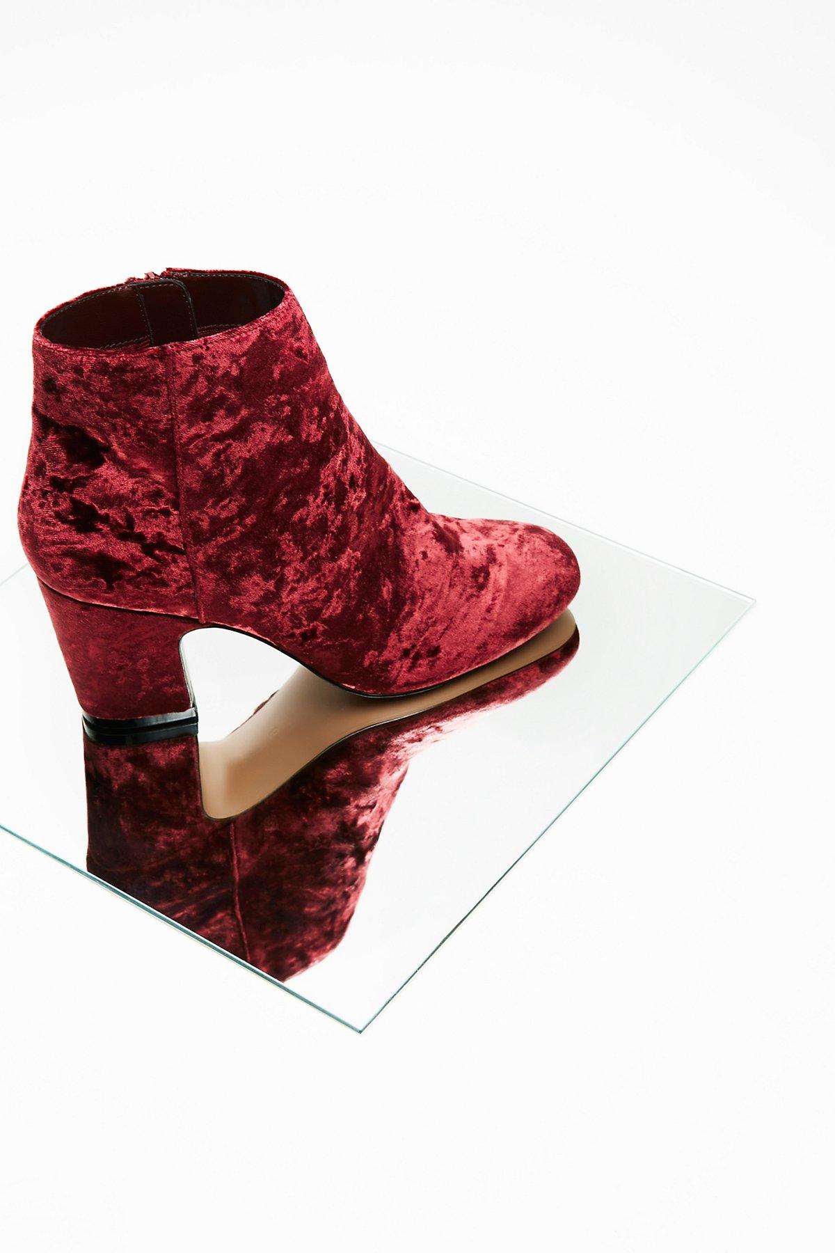Vegan Elsa Ankle Boot