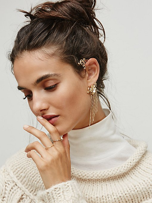 Product Image: 兰花细链全耳式耳环