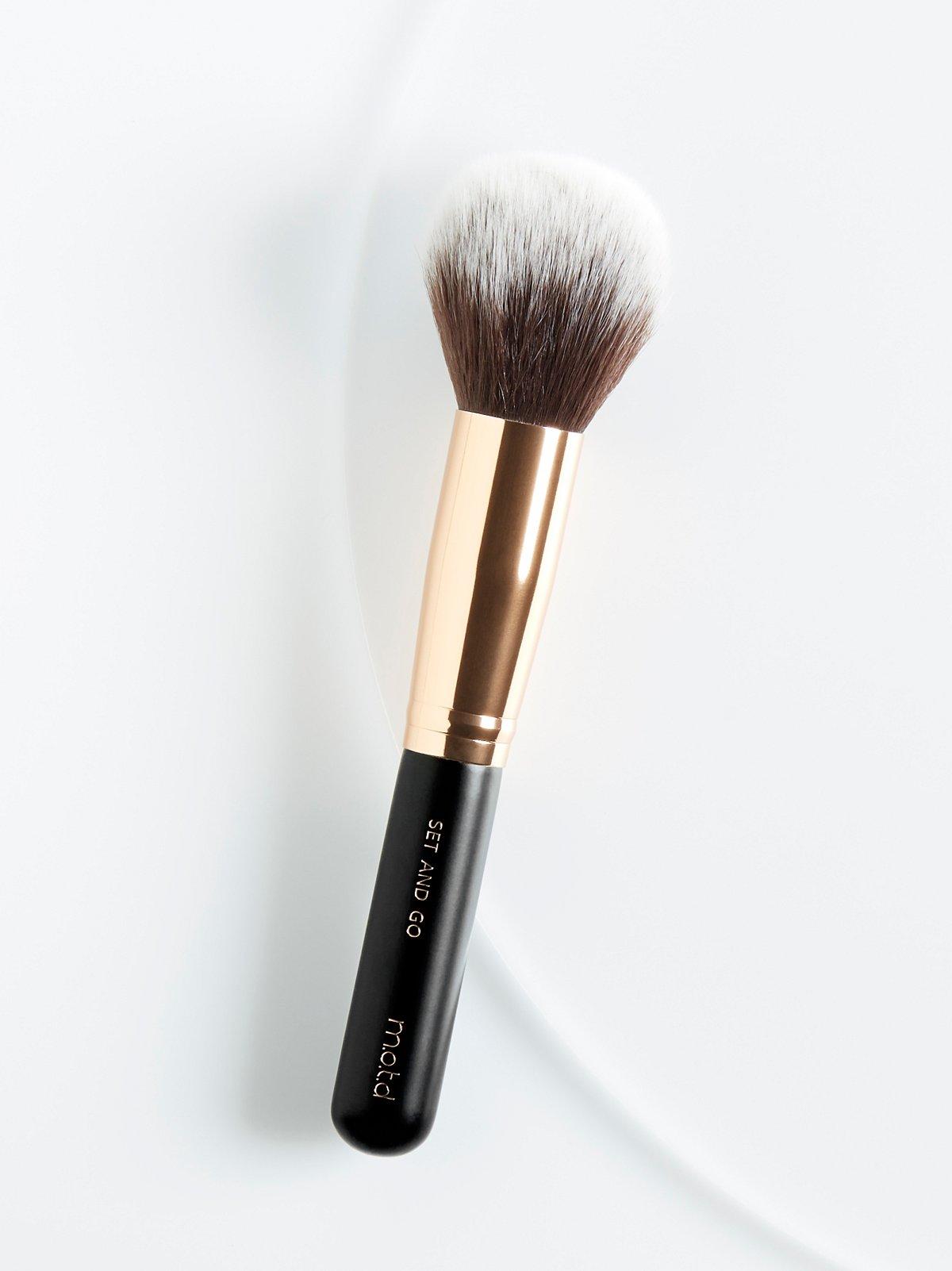 Set And Go Brush