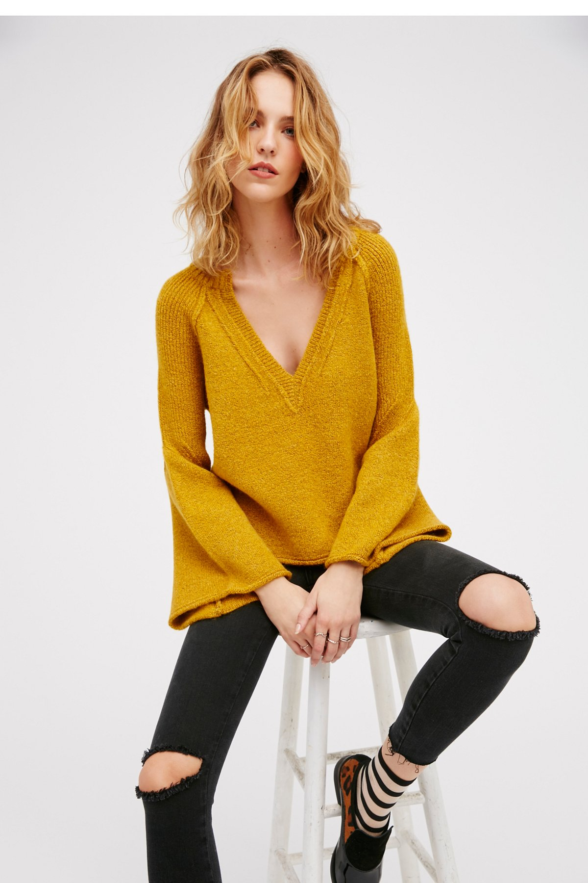 Lovely Lines Pullover
