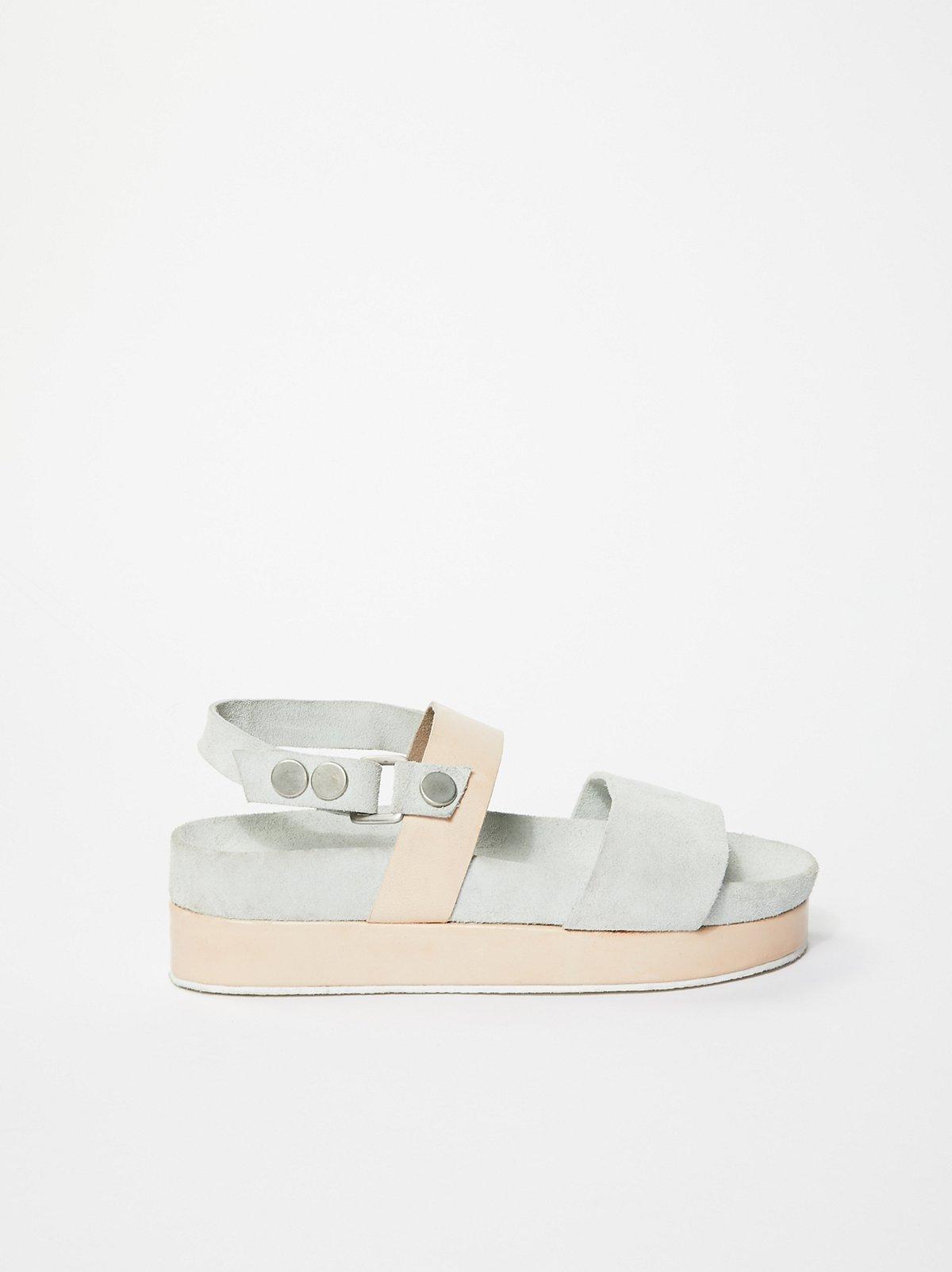 Little Rock Flatform Sandal