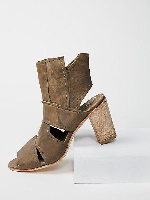 Product Image: Effie粗跟靴