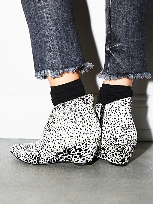 Product Image: Alana Mini Wedge Boot