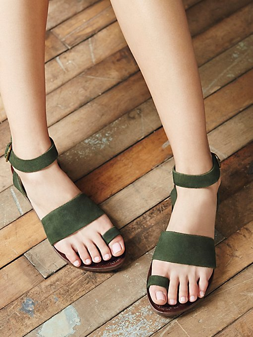 Product Image: Torrence Flat Sandal