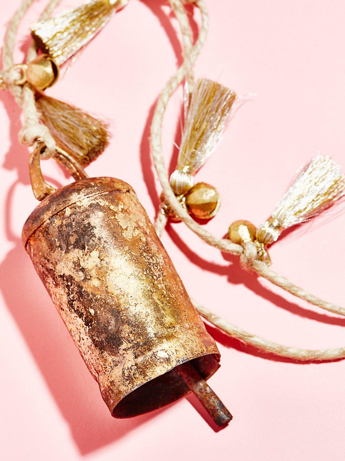 Glitter Bell & Pom Tassel