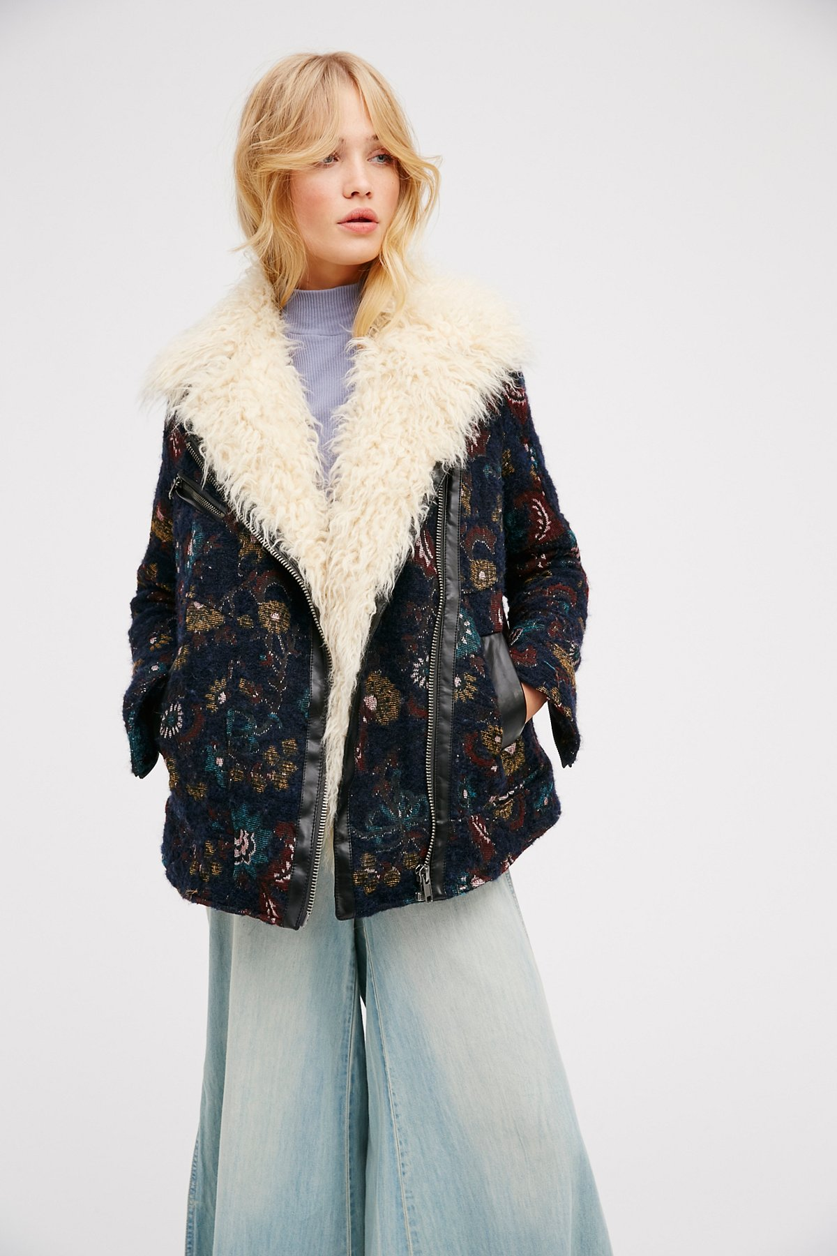 Jacquard Wool Coat With Faux Fur