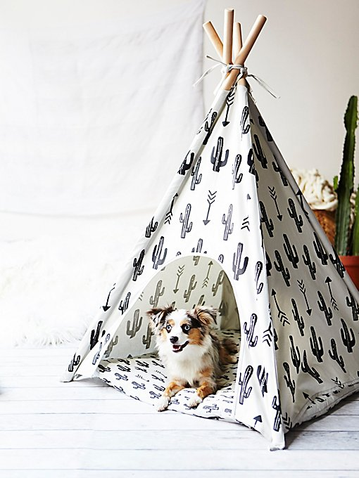 Product Image: Big Bite Dog Teepee