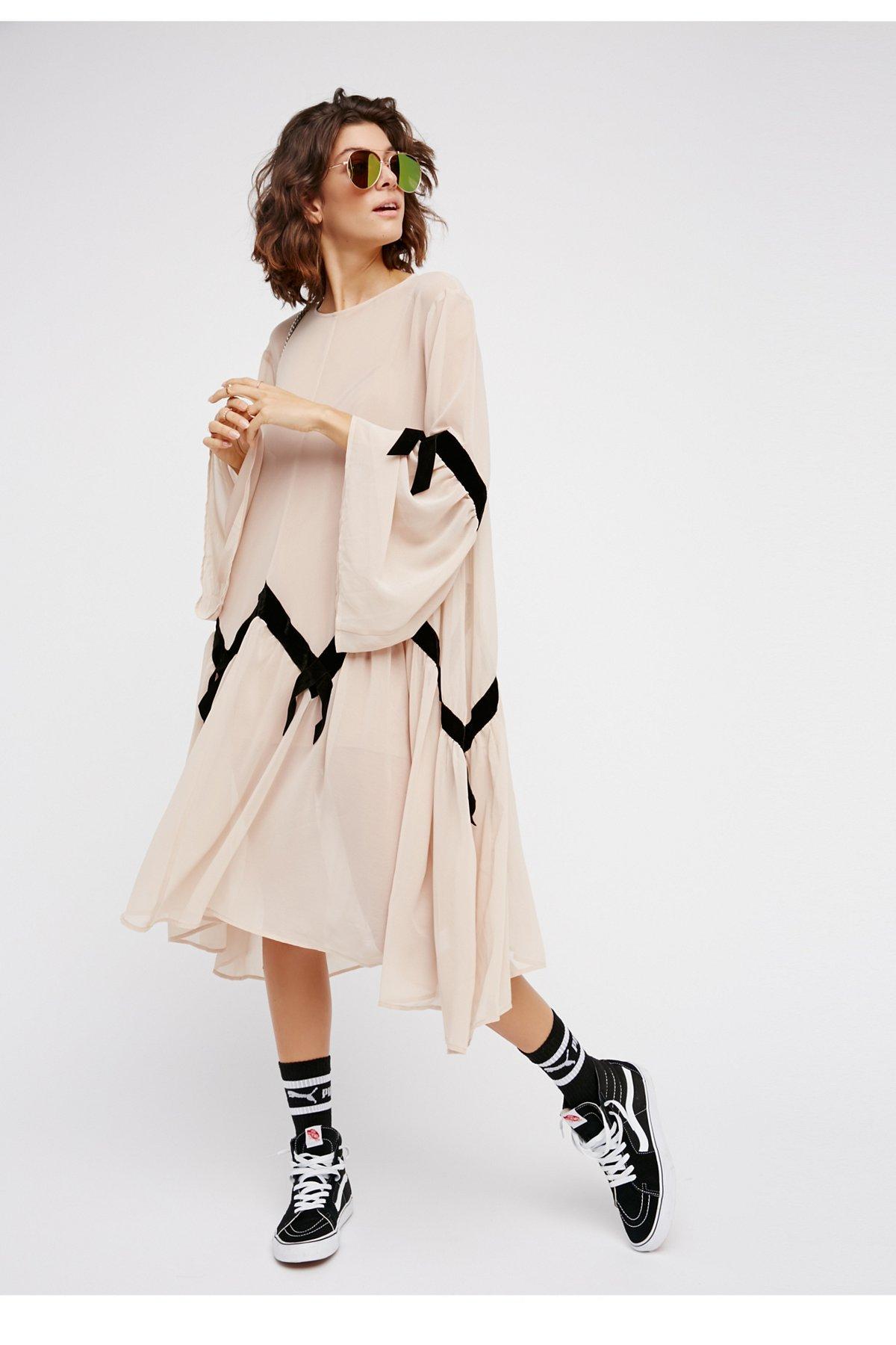 Adalyn连衣裙