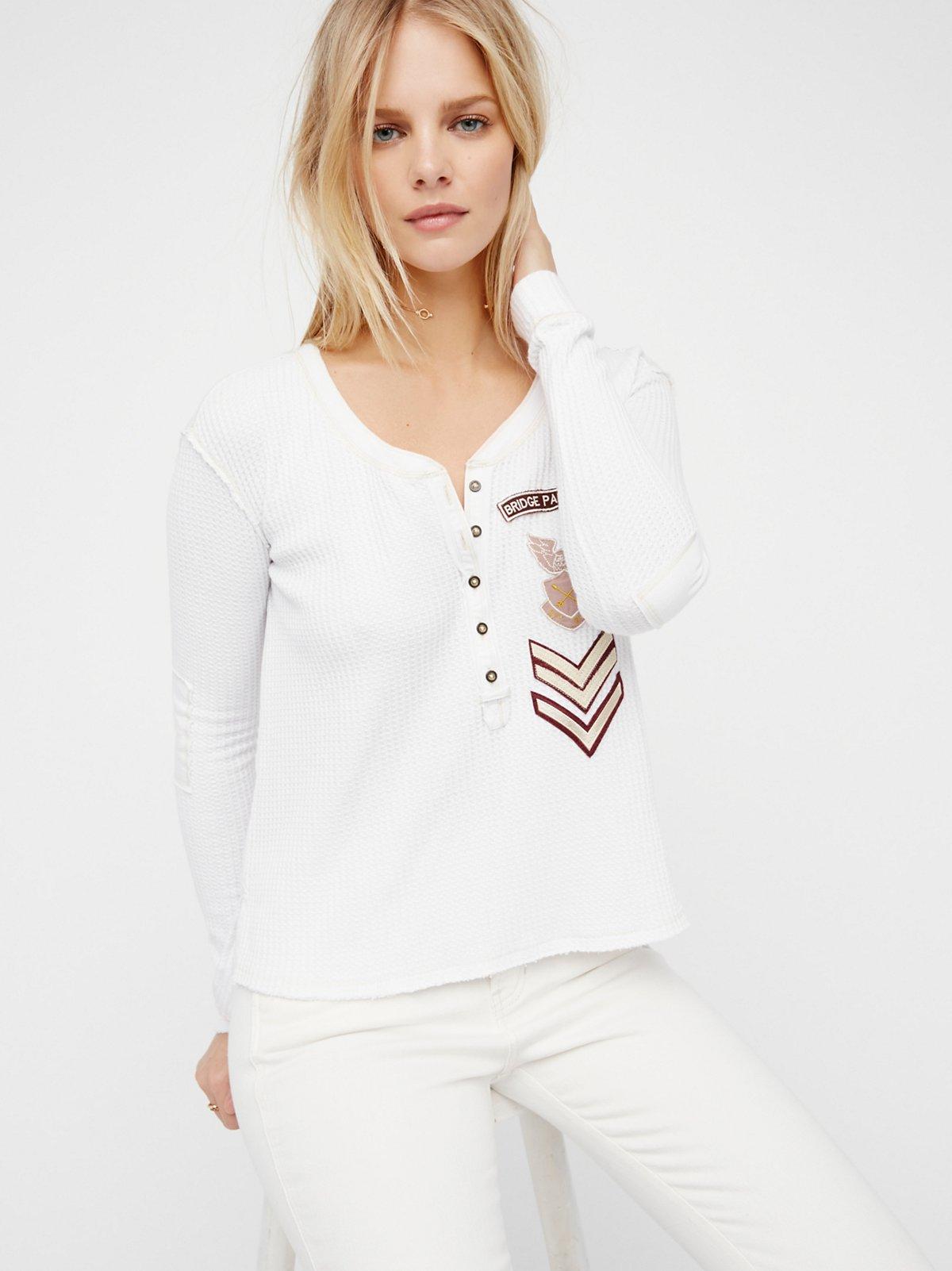 Bridget T恤