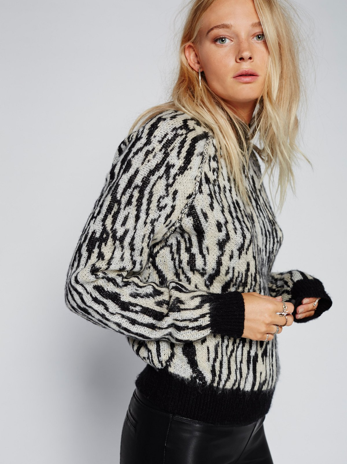 Leave Me Wild Pullover