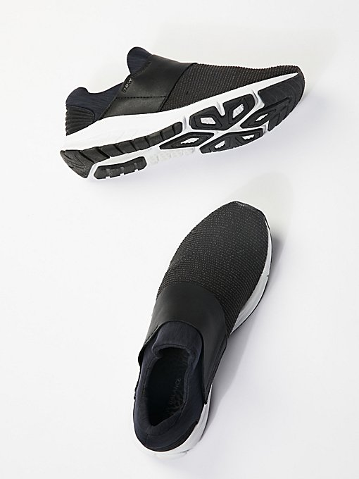 Product Image: Vaze Rush Trainer