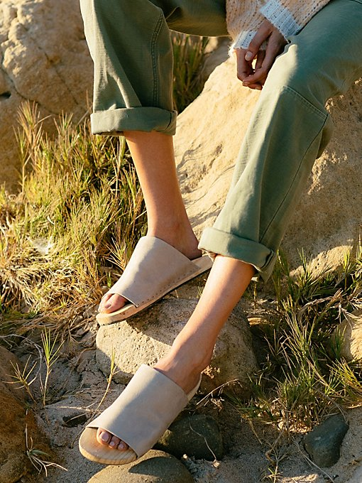 Product Image: Mainland Slide Sandal
