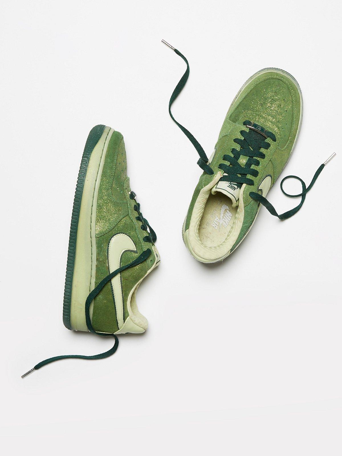 Vintage 1980s Nike Sneakers